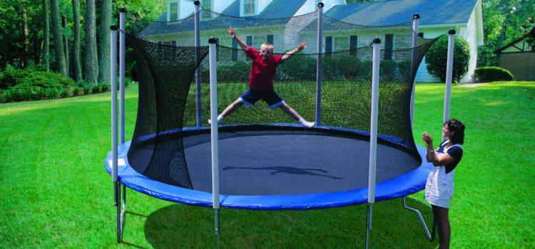 Choisir un trampoline pour son jardin