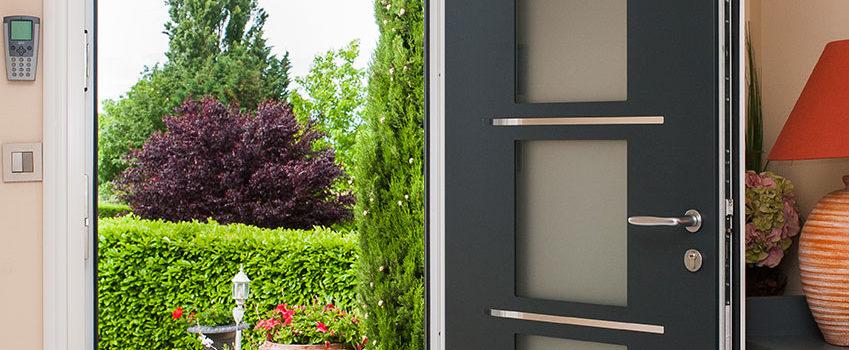 Pourquoi choisir une porte d'entrée en aluminium ?